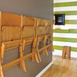 espacio para colgar sillas plegables